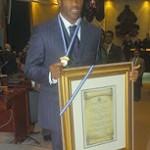 Medalla de Honor para David Suazo en el Congreso Nacional