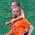 Sufriendo, Holanda sigue en ruta