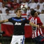 Chivas venció al ManU en inauguración de su estadio