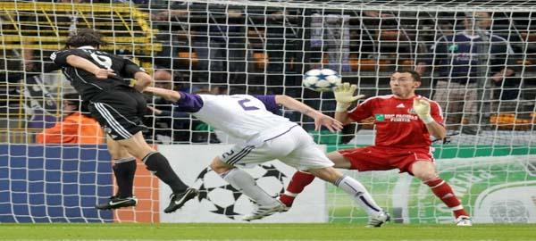 Gol de Cleo contra Anderlecht