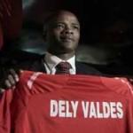 Dely Valdés asumió en Panamá
