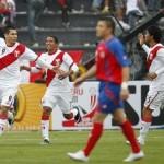 Cinco minutos le bastaron a Perú para vencer a los Ticos