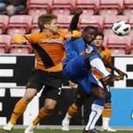 Thomas y Maynor, titulares ante Bolton Wanderers