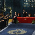 Del Bosque ofrece a Aragonés el Príncipe de Asturias
