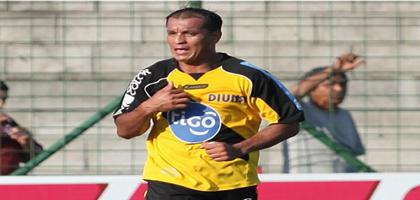 Hector Flores Hispano