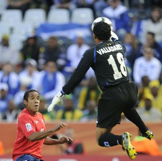 Noel Valladares contra Chile WC 2010