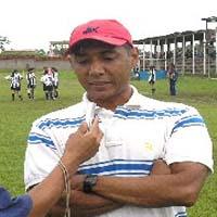 Arbitro Oscar Velasquez