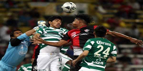 Costly frente Santos