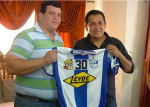 Nahun Espinoza Victoria