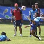 Guatemala recupera lesionados esperando a Honduras