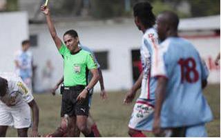 Arbitro Miguel Torres