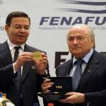 Blatter deja Honduras con promesas de ayuda