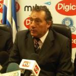 Uruguayo, Rubén Israel nuevo técnico de El Salvador