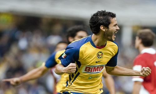 Daniel Marquez celebra el gol del triunfo ante Argentinos Jrs