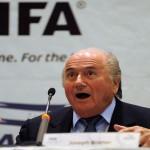 """Blatter insta a """"limpiar la cara"""" por acusaciones de corrupción en FIFA"""