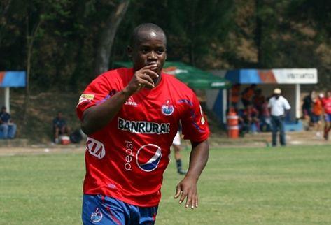 Darwin Oliva goleador Municipal