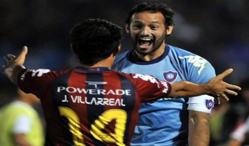 Diego Barreto y Javier Villarreal del Cerro Porteño de Paraguay