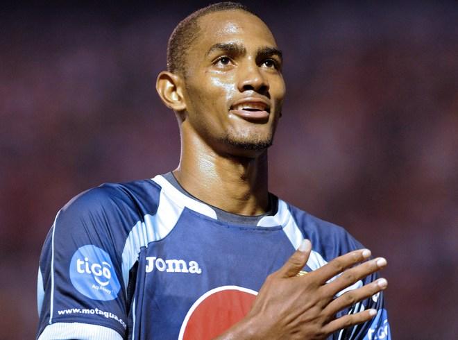 Ocupa el lugar 24 entre los goleadores del Mundo en el 2011