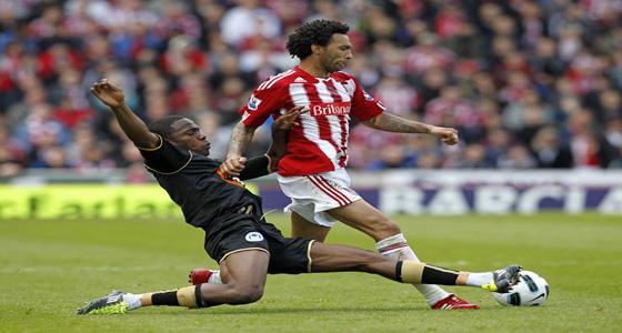 Maynor Figueroa contra Jermaine Pennant Stoke City