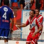 Oscar Isaula conduce a Malacateco a semi finales