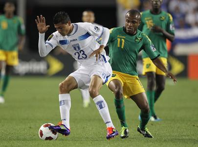 Edder Delgado contra Dane Richards de Jamaica