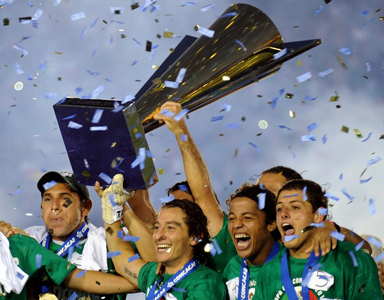 Mexico celebra Copa Oro