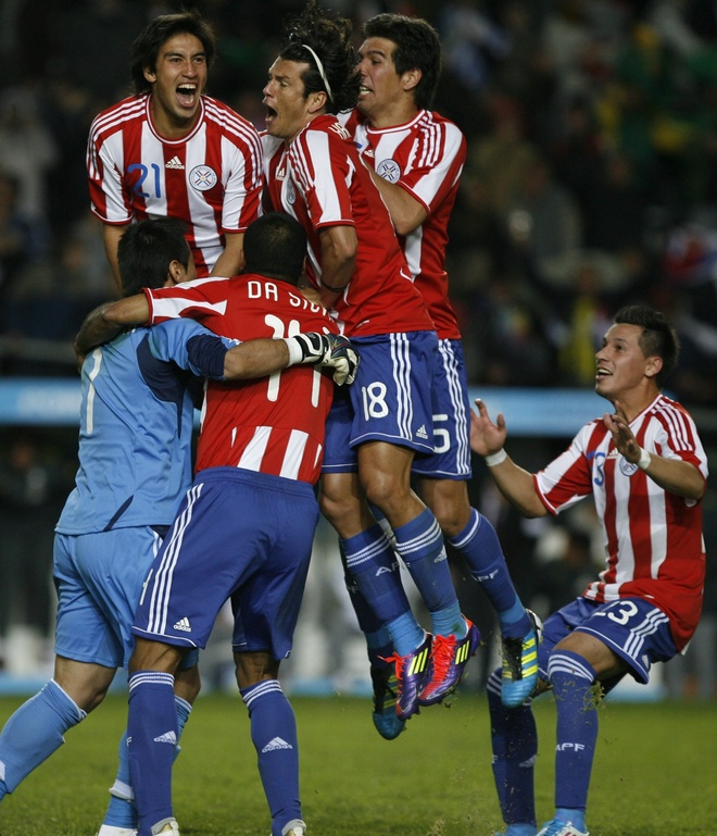 Celebra Paraguay eliminación de Brasil