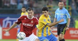 El Wisla Cracovia del donde milita el defensor hondureño Osmán Chavez dio un paso a la clasificación a la Liga de Campeones al vencer uno a cero al Opel de Chipre.