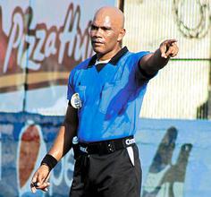 Arbitro Mario Moncada