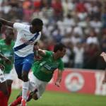 Jhonny Palacios y Bayron Méndez en la convocatoria para amistoso contra El Salvador