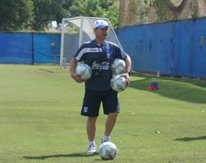 Carlos Gutíerrez al final del entrenamiento del lunes