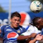 Con ayuda arbitral, Motagua rescata empate en Cortés