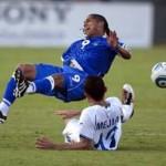 Honduras aumenta esperanzas con triunfo ante El Salvador