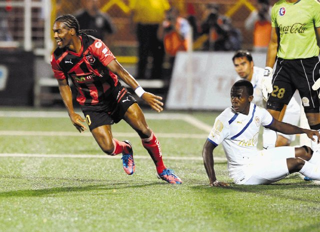 Alajuela le propinó la segunda derrota al Olimpia
