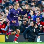 United vence a Arsenal (2-1) con gol de Van Persie
