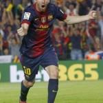 Messi se recupera del golpe en la rodilla y viaja a Sevilla