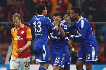Galatasaray AS v FC Schalke 04 – UEFA Champions League Round of 16