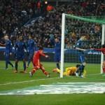 España vence a Francia y sigue reinando