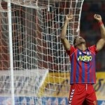 Carlo Costly marca doblete al Panathinaikos