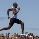 Bolt se impone en los 150 metros en Copacabana