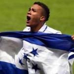«A Rangers FC le vendría bien Arnold Peralta»: Roger Espinoza