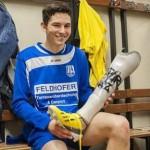 La FIFA autoriza a futbolista amputado de una pierna a jugar con prótesis