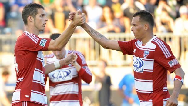 El panameño Blas Pérez anotó el empate para FC Dallas