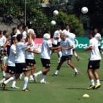 Costa Rica completa su Legión para enfrentar a Honduras