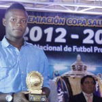 Jùnior Lacayo muda sus goles a Torreòn