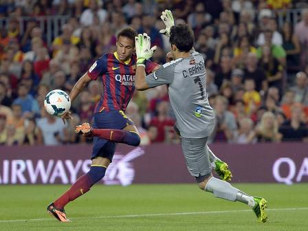 Neymar, Claudio Bravo