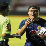 Cuarta derrota para Motagua en noche fatal del árbitro Ronald Hernández