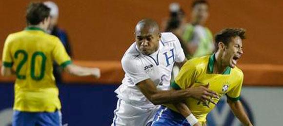 Wilson Palacios Neymar Nov 16 2013