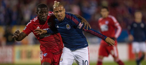 FC Dallas Hendry Thomas vs Adolfo Bautista