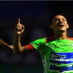 Diego Reyes acerca a Marathón a semifinales